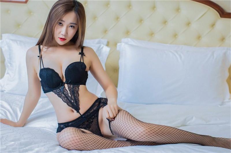 寂寞熟女棉花糖曲线火辣性感妖娆