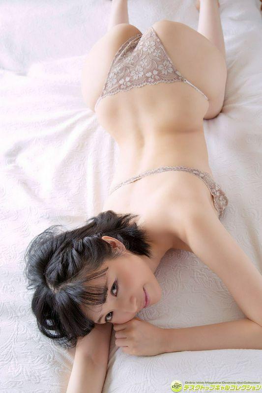 森下悠里DGC高清写真图No.1323グラマラスで妖艶な雰囲気を醸すお姉さま